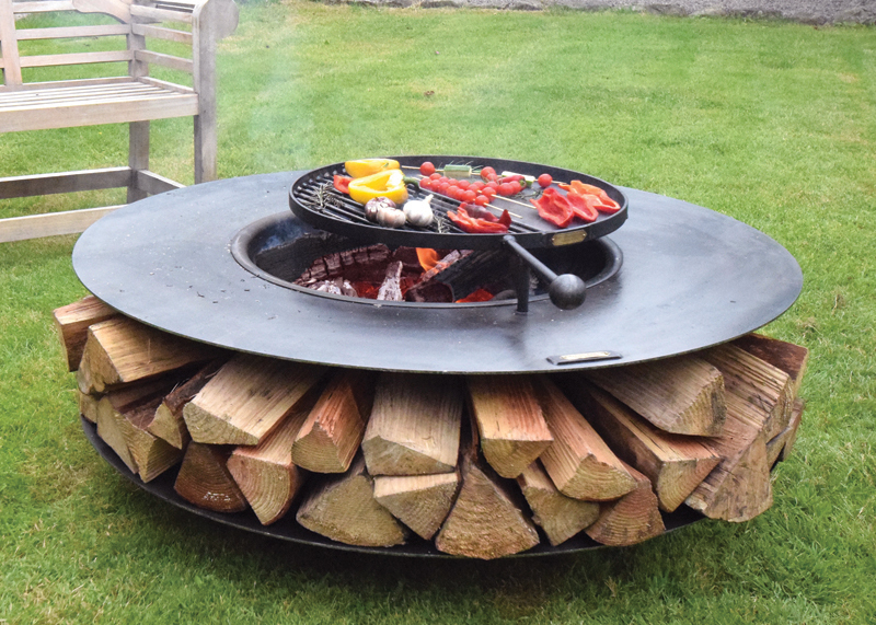 Ring Of Logs 120 Flat With Swing Arm Bbq