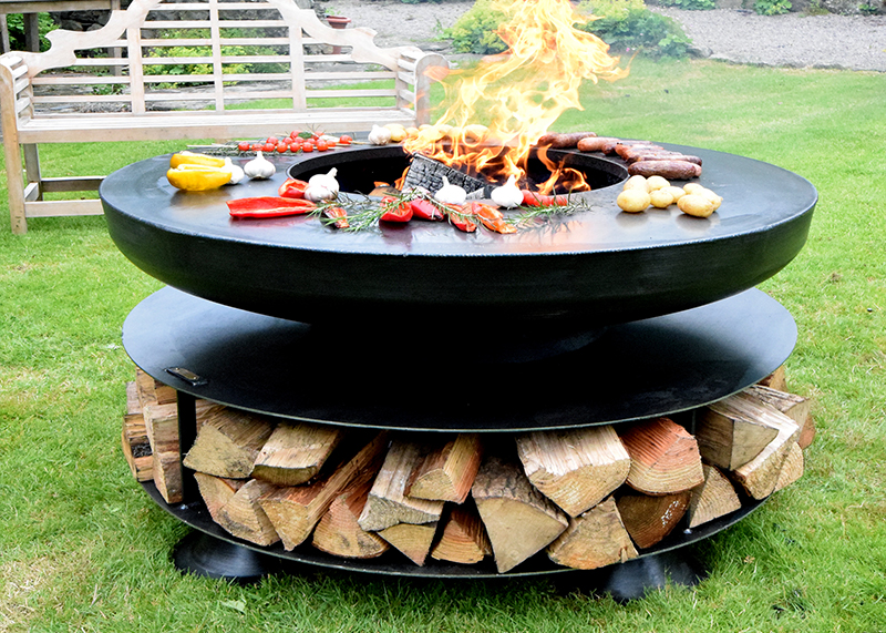 Ring of Logs 120 with BBQ Ring web - Ring Of Logs 120 Including A 6mm BBQ Ring